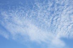 Nubes con el cielo azul Fotografía de archivo libre de regalías