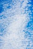 Nubes con el cielo azul Imagenes de archivo