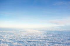 Nubes contra el cielo Imagen de archivo