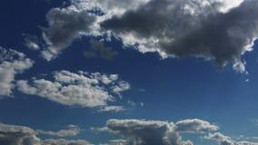 nubes corrientes 4k almacen de metraje de vídeo