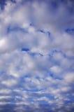 Nubes de Altocumulus Imagen de archivo libre de regalías