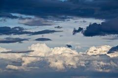 Nubes de cirro i Foto de archivo