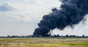 Nubes de humo enormes fotos de archivo