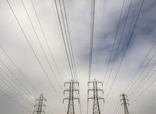 Nubes de la energía eléctrica Fotografía de archivo