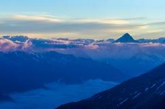 Nubes de la montaña Fotografía de archivo