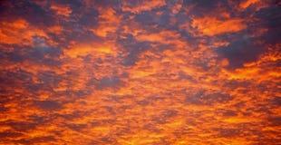 Nubes de la puesta del sol Fotografía de archivo libre de regalías