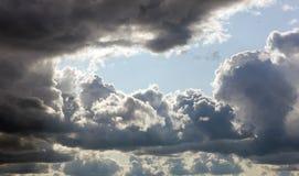Nubes de la tempestad de truenos Foto de archivo libre de regalías