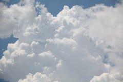 Nubes de la tempestad de truenos Imagenes de archivo