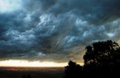 Nubes de la tempestad de truenos   Fotografía de archivo libre de regalías