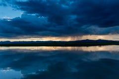Nubes de lluvia en la estación de lluvias Fotos de archivo