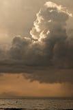 Nubes de lluvia oscuras fotografía de archivo