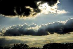 Nubes de nimboestrato Fotos de archivo libres de regalías