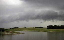 Nubes de tormenta de la pradera Canadá Imagen de archivo libre de regalías