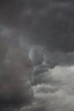 Nubes de tormenta siniestras foto de archivo libre de regalías