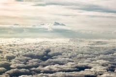 Nubes del aeroplano llevado momentos antes del aterrizaje Christchurch, Fotos de archivo