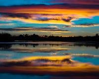 Nubes del caramelo de algodón sobre el río Colorado poderoso Fotografía de archivo