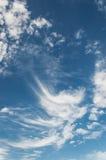 Nubes del cielo azul Imagen de archivo