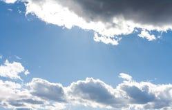 Nubes 9 del cielo azul y del blanco Fotografía de archivo libre de regalías