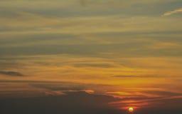 Nubes del cielo de la puesta del sol Foto de archivo libre de regalías