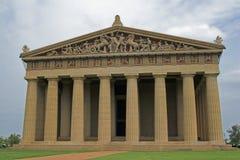 Nubes del Parthenon y de tormenta Imagen de archivo libre de regalías