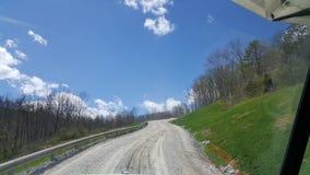 Nubes del tacto en la montaña Imagen de archivo