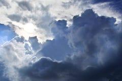 Nubes dramáticas Imagen de archivo libre de regalías