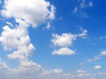 Nubes en el cielo Fotos de archivo libres de regalías