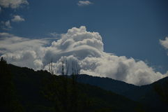 Nubes en el cielo, Castejon Foto de archivo