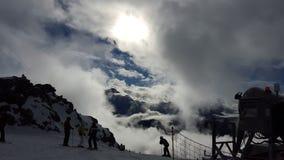 Nubes en el Mountan Imagen de archivo libre de regalías
