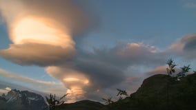 Nubes fantásticas del lapso de tiempo almacen de metraje de vídeo