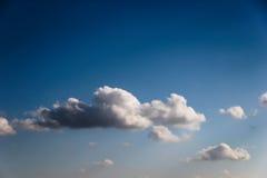 Nubes hermosas Fotos de archivo