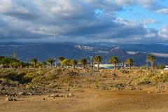 Nubes hermosas sobre la isla de Tenerife España, islas Canarias foto de archivo