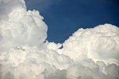 Nubes hinchadas Fotografía de archivo libre de regalías