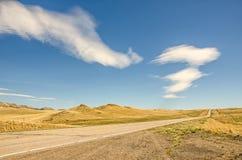 Nubes interesantes en país grande del cielo Foto de archivo