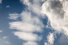 Nubes iridiscentes Fotos de archivo libres de regalías