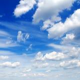 Nubes mullidas Imagenes de archivo