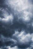 Nubes oscuras Imágenes de archivo libres de regalías
