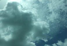 Nubes oscuras Fotografía de archivo libre de regalías
