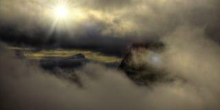 Nubes por salida del sol Foto de archivo