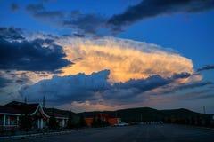 Nubes propicias Foto de archivo libre de regalías