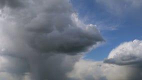 Nubes (que mueven encendido la cámara) metrajes