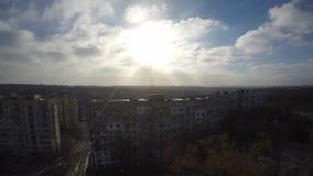 Nubes rápidas en sol del invierno almacen de metraje de vídeo