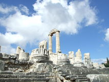 Nubes sobre ciudad antigua Imagen de archivo libre de regalías