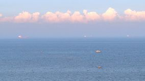 Nubes sobre el mar metrajes