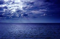 Nubes sobre el mar Imagen de archivo libre de regalías