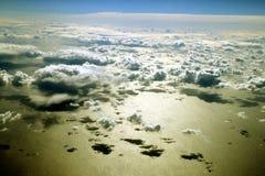 Nubes sobre el océano Foto de archivo libre de regalías