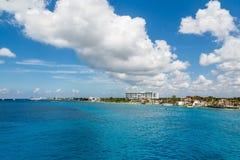 Nubes sobre la costa de Cozumel Imagenes de archivo