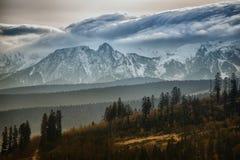 Nubes sobre las montañas de Tatra Fotografía de archivo libre de regalías