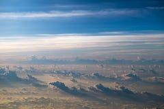 Nubes y cielo por la mañana Imagen de archivo