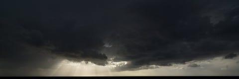 Nubes y luz Imagen de archivo libre de regalías